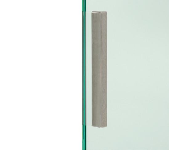 poign e de porte poign es pour portes en verre ferrures pour constructions tout verre. Black Bedroom Furniture Sets. Home Design Ideas