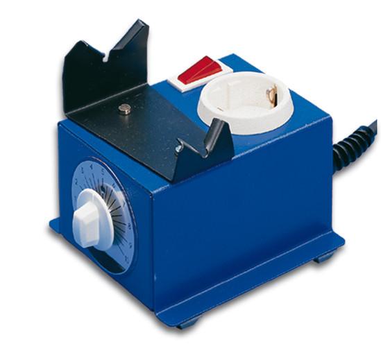 Regulador de energía con soporte para el soldador